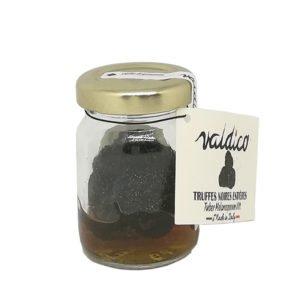 Truffes noires tuber melanosporum entières
